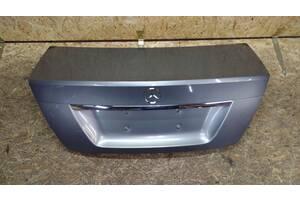 Б/у крышка багажника для Mercedes w204 C-Class 2007-2014