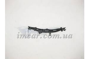Б/У Mercedes Пластиковый держатель тормозного шланга  на заднем левом рычаге A1664230723