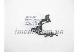 Б/У Mercedes Пластиковый кронштейн - держатель тормозного  шланга переднего правого кулака A1664211494