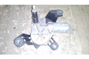 б/у Моторчики стеклоочистителя Opel Astra H