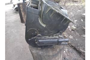 Б/у печка (радиатор, мотор, корпус) для ЗАЗ 1102 Таврия