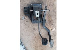 Б/у педаль тормоза для Fiat Ducato 94-01 г