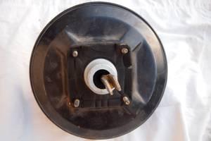 Б/у усилитель тормозов для Iveco 35S13 2003рв на ивеко підсильовач тормозов \серво\ оригинал проверено на авто