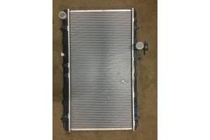 б/у Радиаторы Suzuki SX4