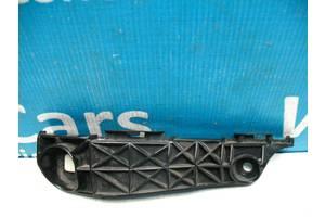 Б/У Кронштейн переднього бампера правий Rav 4 2006 - 2012 5253542020. Вперед за покупками!