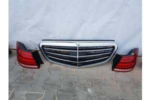 б/у Решётки радиатора Mercedes E-Class