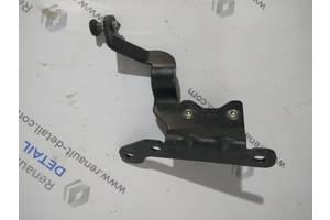 Б/у ролики боковой двери для Nissan Interstar 1998-2010 верхній