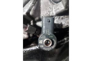 Форсунка электрическая топливная аппаратура для Honda CR-V 2007-2012