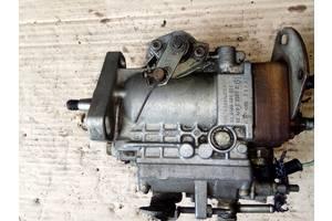 б/у Топливные насосы высокого давления/трубки/шестерни Fiat 127