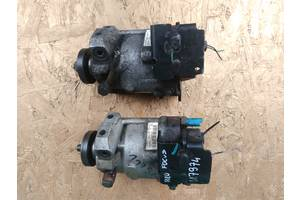 б/в Паливні насоси високого тиску / трубки / шестерні Ford Tourneo Connect