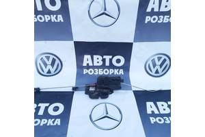 б/у Замки крышки багажника Mercedes Vito груз.