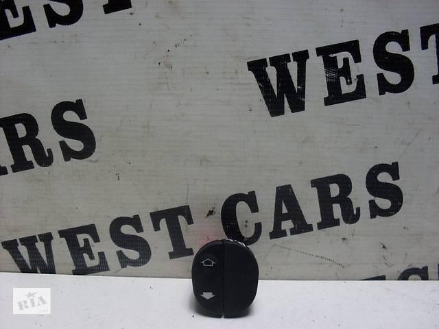 купить бу Б/У 2002 - 2008 Fiesta Блок кнопок стеклоподъемника. Вперед за покупками!  в Украине