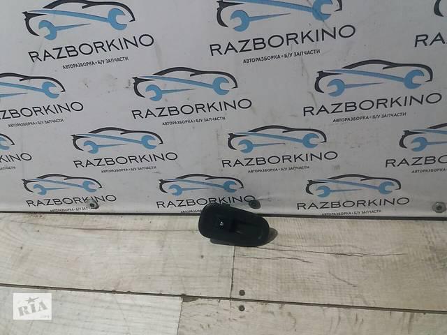 Блок управдления стеклопод-ками (правая дверь) Renault Kangoo 2- объявление о продаже  в Кременчуці