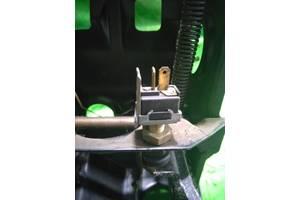 Датчик педалі гальма mazda 626 gc 2.0
