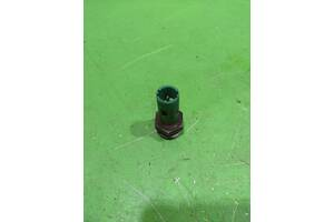 Датчик тиску масла renault laguna 1 1.8i