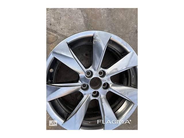 купить бу Диск колёсный литой Lexus RX Лексус RX оригинал от 2015-20гг. R18 в Киеве