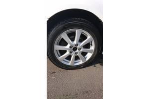 диски с шинами Toyota Avensis