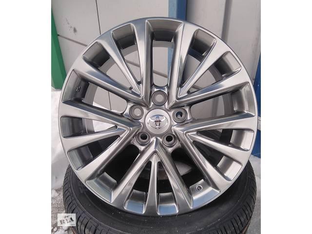 продам Диски R17 на Toyota Camry (Тойота Камри) бу в Киеве