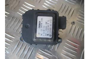 Электромотор привода печки 0132801116, 0132801148, 132801115, 8D1820511B, 8D1820511E, 8D1820511G для Ауди A6 C4 1995...
