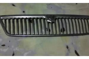 б/у Молдинги решетки радиатора