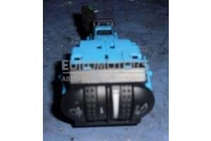 Кнопка корректора фар VW Touareg 2002-2010 7L6941333D