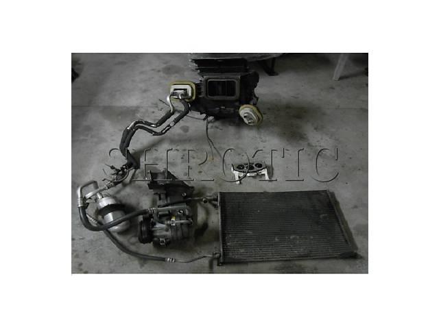 купить бу Кондиционер В Сборе КОМПЛЕКТ Opel Vivaro 2006-2010 2,5 dci в Костополе