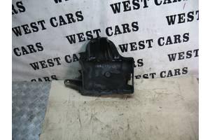 Б/У 1998 - 2005 Grand Cherokee Корпус(підставка)під акумулятор. Вперед за покупками!