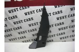 Б/У Кріплення полки багажника ліве Megane III 2008 - 2012 799120005r. Вперед за покупками!
