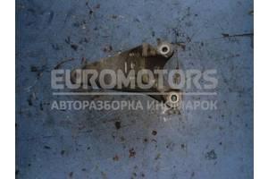 Кронштейн двигателя правый Audi S4 4.2 (B6 quattro) 2003-2005 4Z7199308B