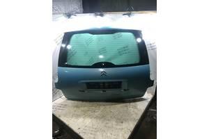 Крышка багажника Citroen C8