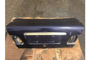 Кришка багажника mercedes w210