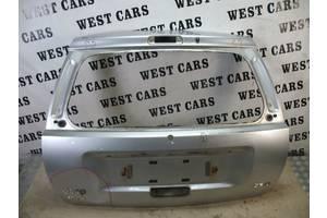 Б/У Кришка багажника Grand Cherokee 1999 - 2004 . Вперед за покупками!