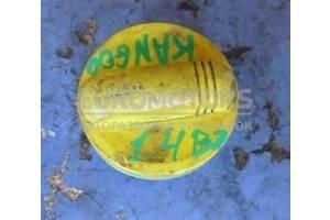 Крышка маслозаливной горловины Renault Kangoo 1998-2008 8200800258