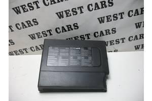б/у Корпуса под аккумулятор Renault Megane III