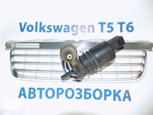 купить бу Моторчик стеклоомывателя VW Volkswagen Transporter t5 Фольксваген Т5 с 2003- в Ровно