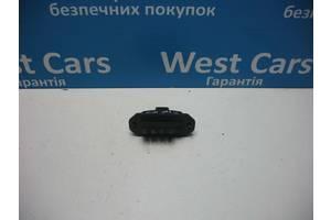 б/у Блоки управления двери Nissan Interstar