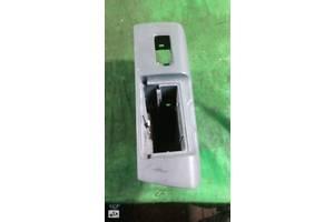 Накладка кнопки склопідйомника задній правий lexus gs 300