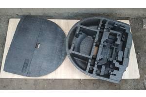 Наполнитель днища багажника (вкладыш запаски) Mitsubishi Colt VI Z30 MN148903 / MN148922