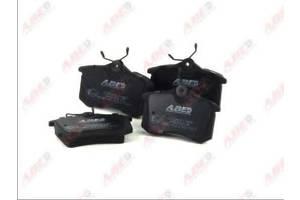 Новые Тормозные колодки комплекты Audi A4