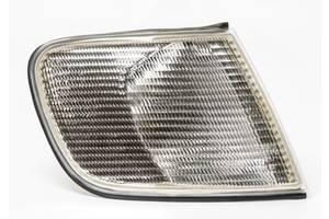 Новые Поворотники/повторители поворота Audi 100