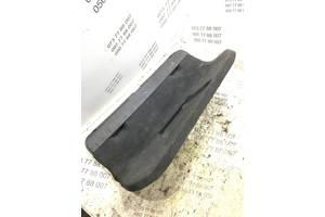 Обшивка багажника Skoda Superb 3b5867605