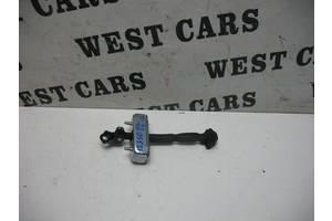 Б/У Ограничитель передней левой двери IS 2006 - 2012 6862053020. Вперед за покупками!