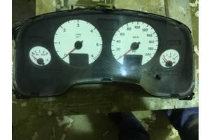 б/у Внутренние компоненты кузова Opel Astra G