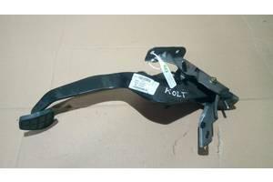 Педаль тормоза 4620A038, A45428006018, 1240039000, 60096193 Colt CZ 3 Mitsubishi