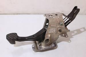 Педаль тормоза для Volkswagen Eos