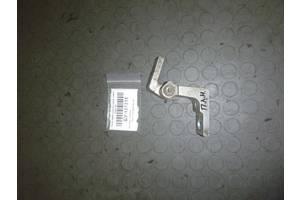 б/у Петли двери Fiat Doblo