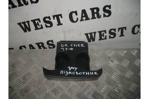 Б/У Підсклянник підлокітника Grand Cherokee 1999 - 2004 . Вперед за покупками!