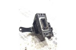 Подушка двигателя Volkswagen Golf 4 1j0199262bf