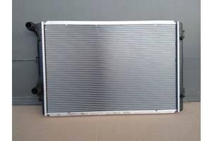 Радиатор воды основной радиатор охлаждения двигателя для радіатор VW Passat CC  2012 - 2017 год 2.0 TSI - 155 kW - CCZA