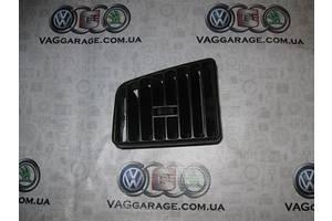 б/у Воздуховоды обдува стекла Volkswagen Passat B3
